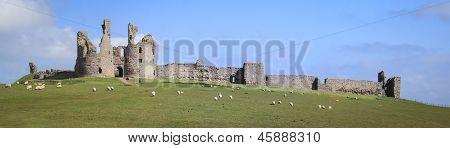 Costa de Northumberland Dunstanburgh Castle