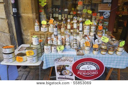 Local artisan produce store in Sarlat, France