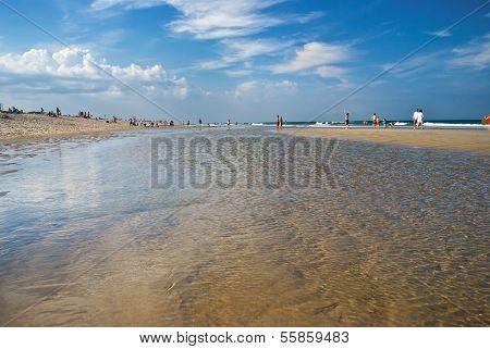 Tidewater Nobska Beach