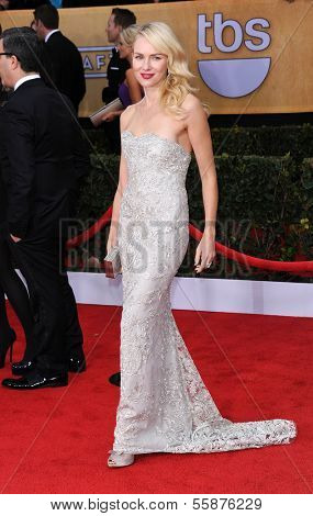 LOS ANGELES - JAN 27:  Naomi Watts arrives to the SAG Awards 2013  on January 27, 2013 in Los Angeles, CA