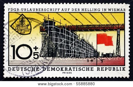 Postage Stamp Gdr 1960 Vacation Ship Under Construction