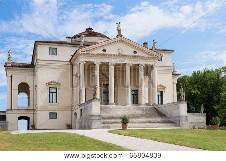 The Villa Rotonda By Andrea Palladio