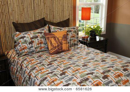 Modern decor bedroom