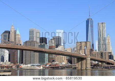 Brooklyn Bridge and Manhattan Skyline on a clear blue day, New York City
