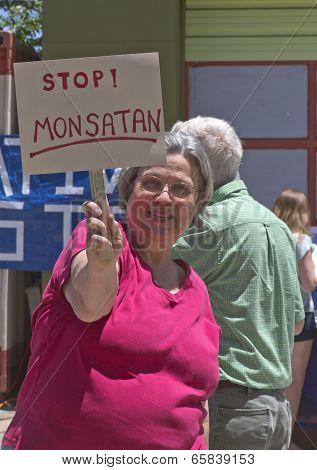 Stop Monsatan Anti Gmo Sign
