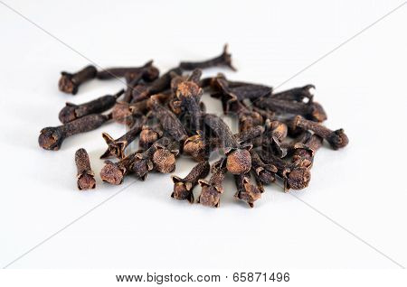 Clove (spice)