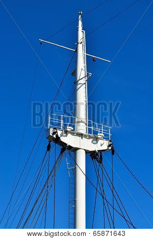 Mast Ship Closeup
