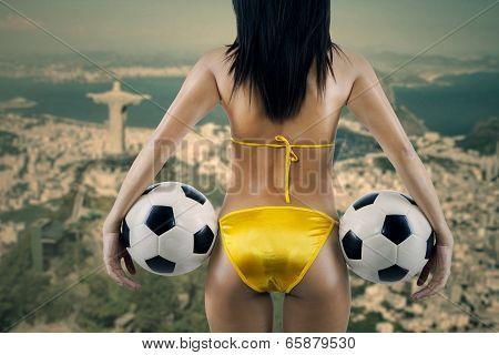 Erotic Supporter Looking At Rio De Janeiro