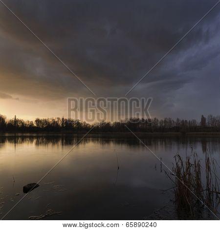 Windstorm Windstorm Of The Lake