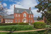 picture of maryland  - This is the Maryland Government House which serves as the official residence of the Governor of the state of Maryland - JPG
