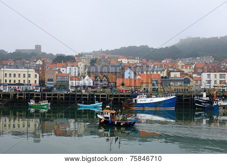 Fishing boat enters Scarborough harbour