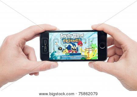 Angry Birds Friends on iphone 5s