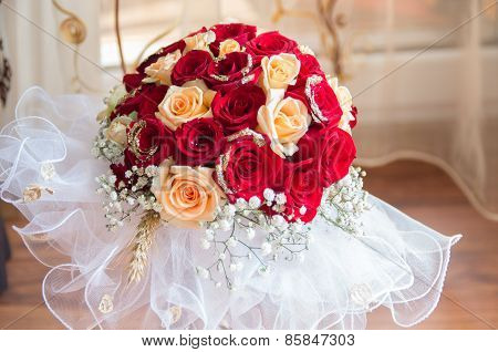 wedding bouquet with flowers