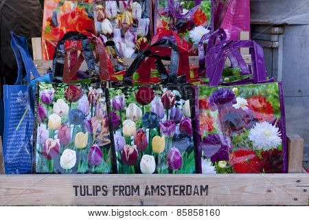 Tulpen Uit Amsterdam In A Colorful Bag