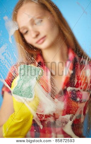 Girl Washes The Glass