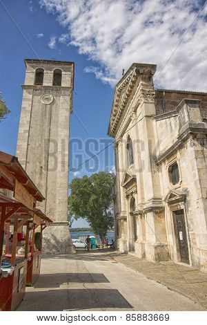 City Of Pula Street Market Near Cathedral