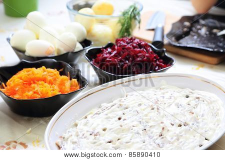 Russian traditional salad 'herring under fur coat'