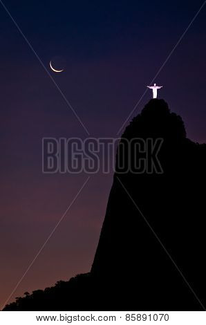Amazing view of Corcovado Mountain at Night
