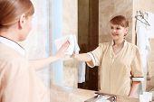 foto of maids  - Nice reflection - JPG