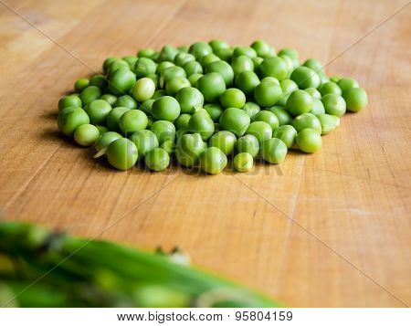 Pile of podded peas