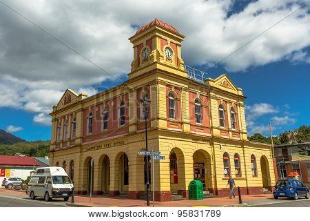 Queenstown Post Office