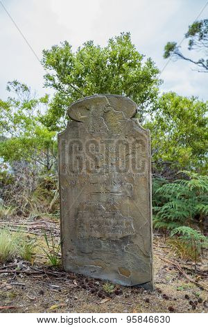 Rip Halloween tombstone