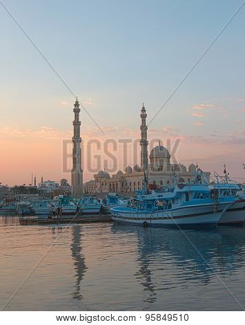 el Mina Masjid mosque and marina