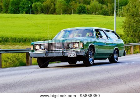 Ford Galaxie Country Green 1973