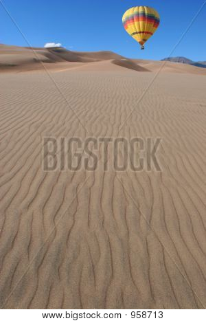 Balloon Over Sand