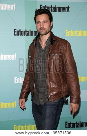 SAN DIEGO - JUL 11:  Brett Dalton at the Entertainment Weekly's Annual Comic-Con Party at the Hard Rock Hotel on July 11, 2015 in San Diego, CA