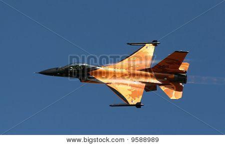 F16 Netherlands Spectacular Orange And Black Colours