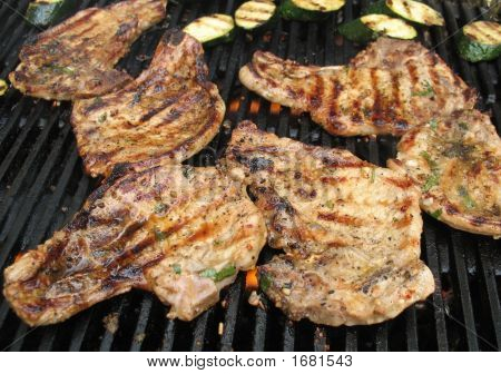 Many Pork Chops On Bbq