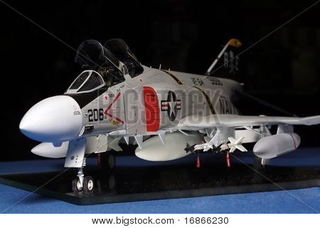 Mc Donell F4 Phantom - plastic model 1:48 scale