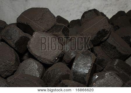 Carbón prensado