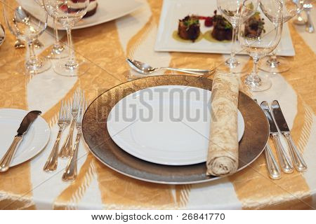 Place setting in a restaurant