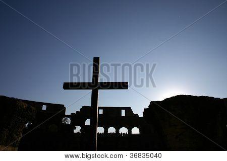 Roman Coliseum  And Cross