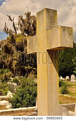 Standout cross