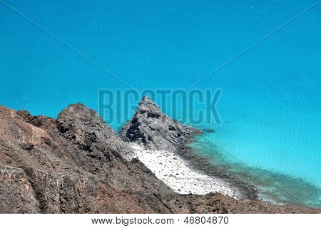 Turquoise ocean, beautiful cliff and white sand beach �¢�?�? Socotra, Yemen