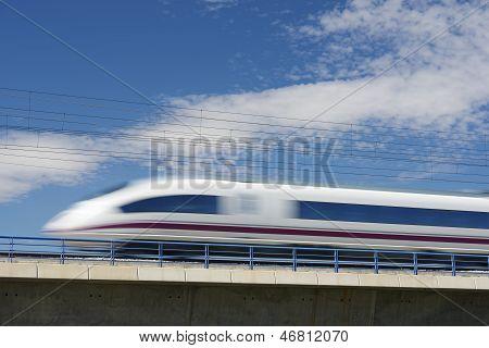 AVE-Bahnhof