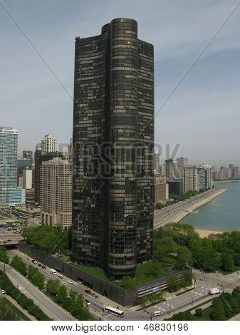 High Rise apartment Near Lake Michigan in Chicago