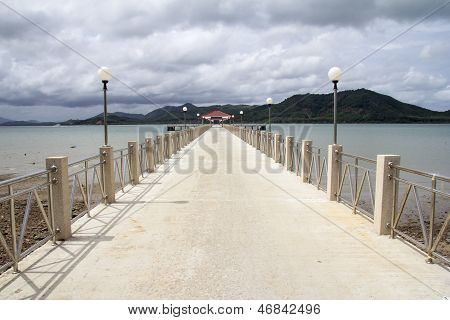 Laem Sai Pier