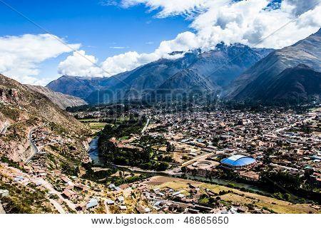 La ciudad de Urubamba en Perú, Sudamérica