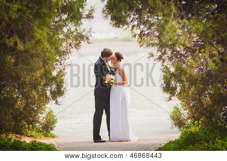bride and groom outdoors portrait