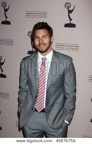 LOS ANGELES - JUN 13:  Scott Clifton arrives at the Daytime Emmy Nominees Reception presented by ATAS at the Montage Beverly Hills on June 13, 2013 in Beverly Hills, CA