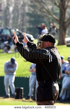 Baseball � Plate Umpire