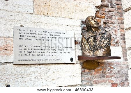 Plate With Verse From Romeo And Juliet In Verona, Shakespeare