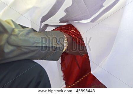 Great Hindu Wedding Under The Sheets
