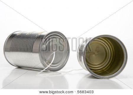 Teléfono de lata