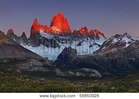 Mount Fitz Roy, alpenglow, first rays of sunrise. Los Glaciares National Park, Patagonia, Argentina