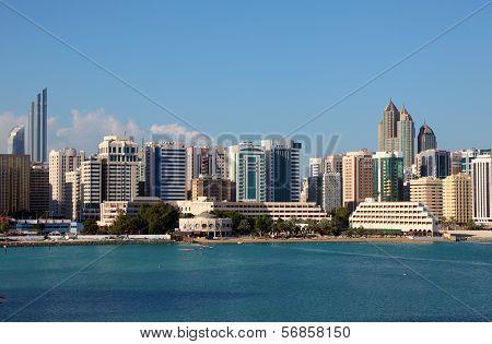 Skyline Of Abu Dhabi Tourist Club